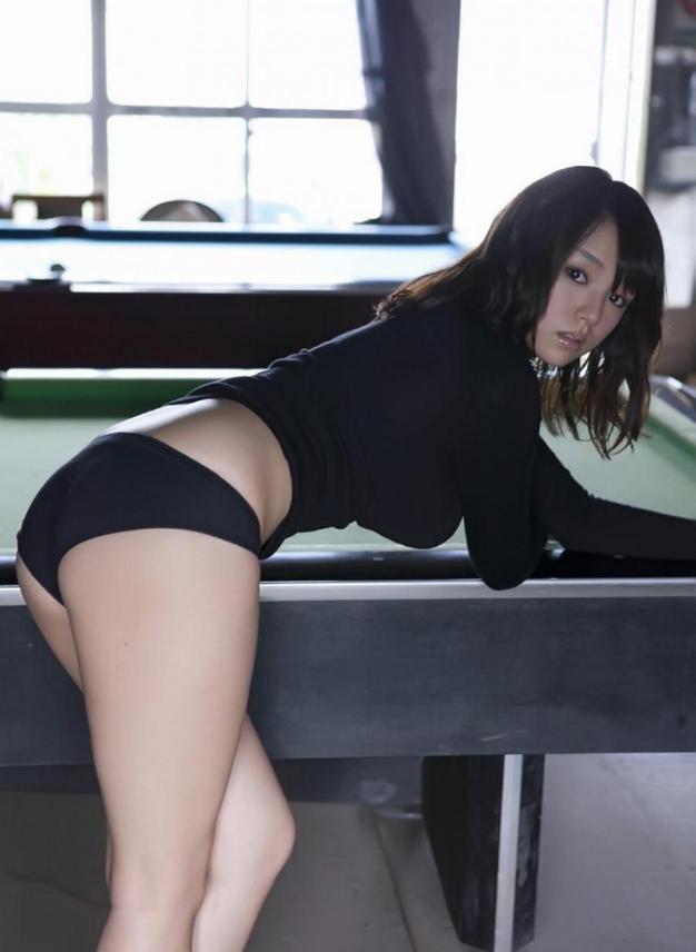 日本/波霸女神筱崎爱黑色写真