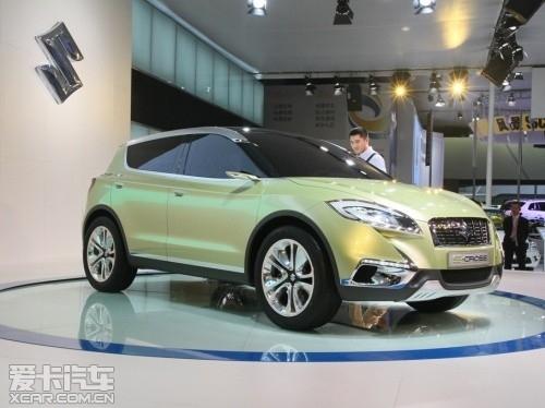 【铃木s-cross概念车】; 铃木新跨界suv车型明年广州车展或上市