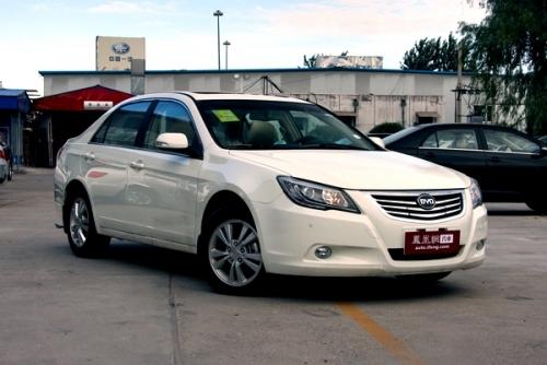 2011款 比亚迪g6 手动尊贵型 便宜也有强动力 4款涡轮 高清图片