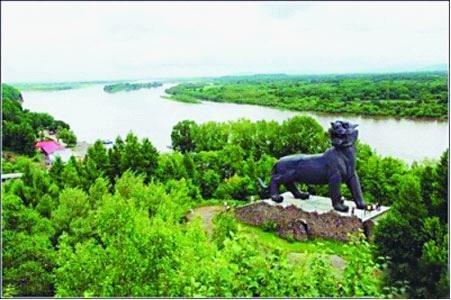 二次世界大战终结地纪念碑,虎林珍宝岛,回顾黑龙江英雄革命史;出境