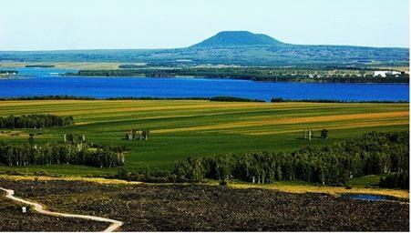记者于晓非)近日,由五大连池风景区和国家自然科学基金资助,内蒙古