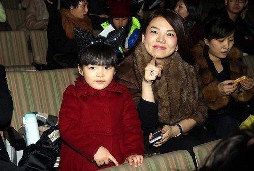 李湘:女儿不会减肥穿得衣服贵但是不娇气