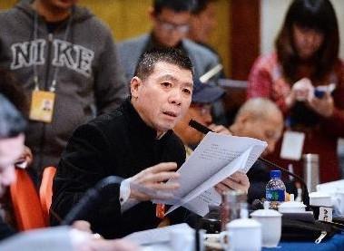 冯小刚两会谈电影,慷慨激昂。