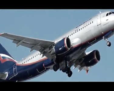 客机为何不备降落伞 非专业跳伞存活率极低