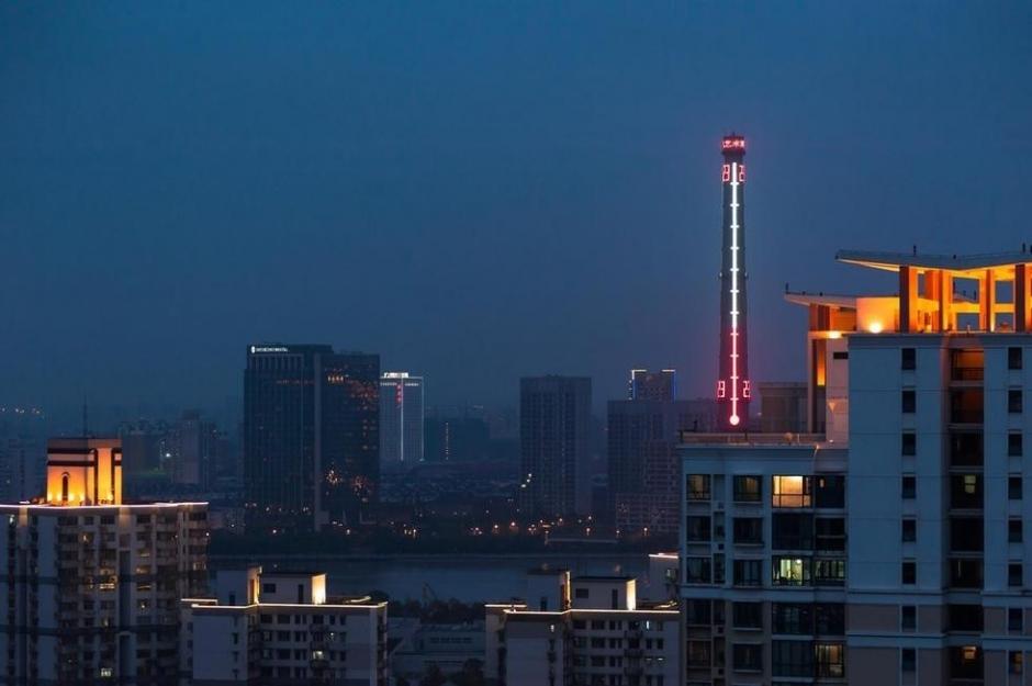 上海将大烟囱改造为世界最大温度计