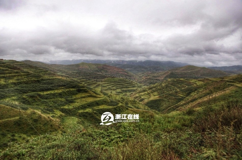 记者7月8日下午探访位于甘肃省漳县石川乡虎龙口村羊眼沟社的包来旭的
