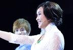 """59岁刘晓庆穿蕾丝透视装现身 大胆""""调戏""""90后男模"""