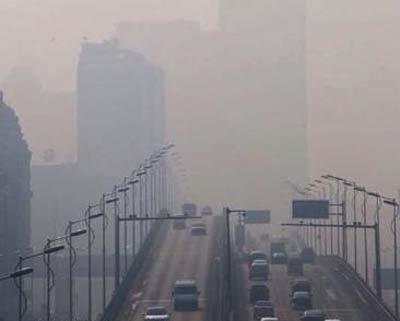 哈尔滨3日再遭重度雾霾污染