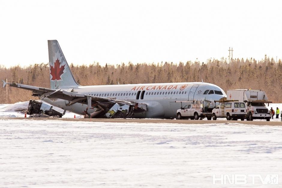 飞机降落前的广播音频