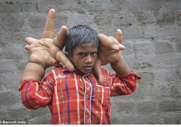 男孩一根鞋带的系法图解