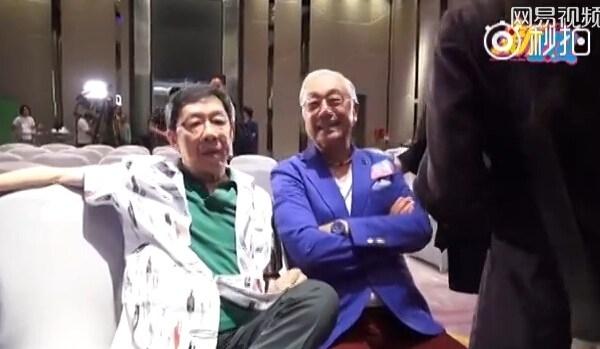 """79岁谢贤当众拳打80岁""""黄药师""""曾江"""