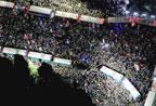 数万日本民众包围国会 抗议政府强推安保法(组图)