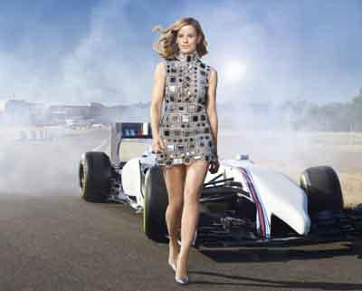 F1最美女车手宣布退役(组图)