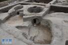 图为发掘出的陶窑全景(资料图片)。新华社发