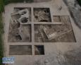 图为窑址发掘区全景(资料图片)。  4月20日,记者从吉林省文物考古研究所了解到,在对吉林城四家子城址进行进一步发掘过程中,考古人员发现了金代陶窑和部分废弃陶片堆积。专家介绍,该窑址保存状况之好在国内同类型遗址中较为罕见。新华社发