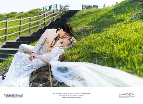 三亚婚纱摄影工作室哪家好【原野映像】济州岛旅拍婚纱照服务一流
