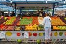 瑞典斯德哥尔摩的水果摊:整齐漂亮,水果都是擦过的