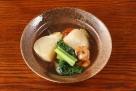 日本炖菜。萝卜。