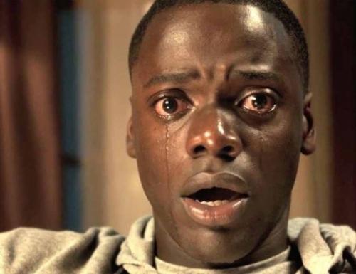 《逃出绝命镇》是目前北美讨论度最高的新片之一